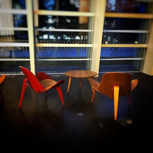 chairs-shinkokuritsumuseum.jpg